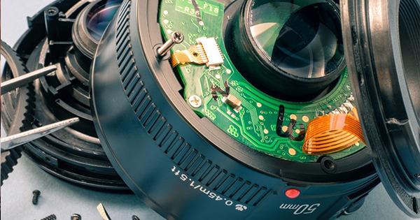 Fotoriparatore Com Gli Esperti Delle Riparazioni Fotografiche Indipendenti